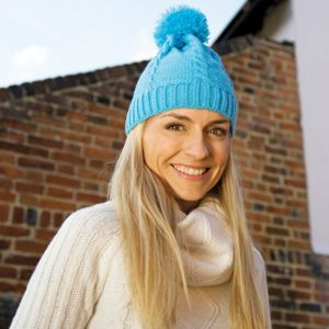 Cable knit pom pom beanie Thumbnail